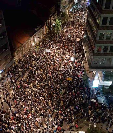 proteste_centro_Belgrado