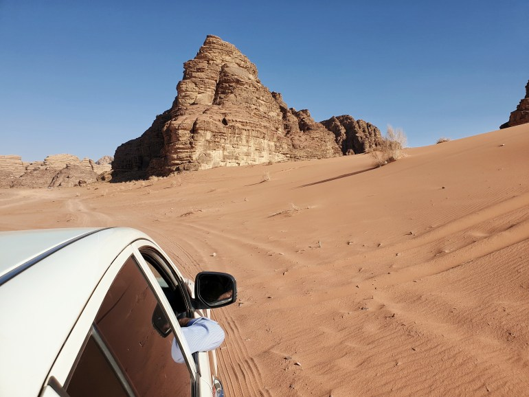 jeep safari nel deserto