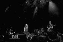 @pearljam by Bobby Singh @fohphoto- www.frontofhousephotography.com