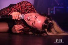 Danish singer MØ performs in Toronto (Bobby Singh?FOHPhoto).