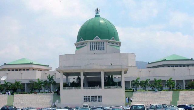 Unpaid allowances: Legislative aides greet resuming Senators, Reps with protest
