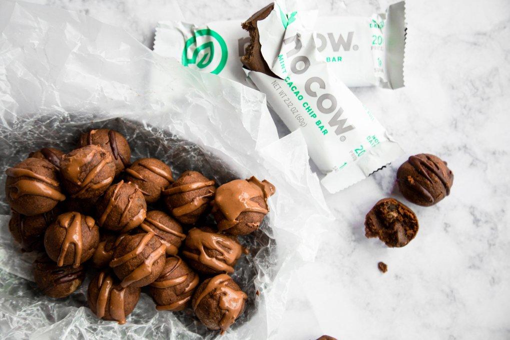Mint chocolate protein brownie balls