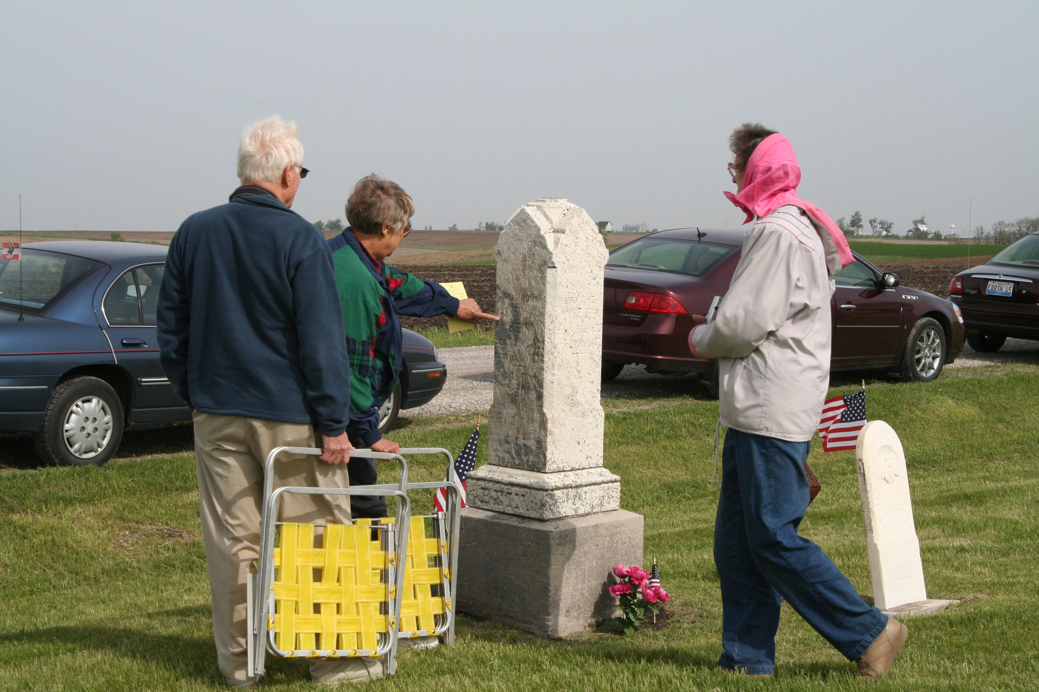 Kistenmacher Cemetery in Scott County, Iowa, in May 2008.