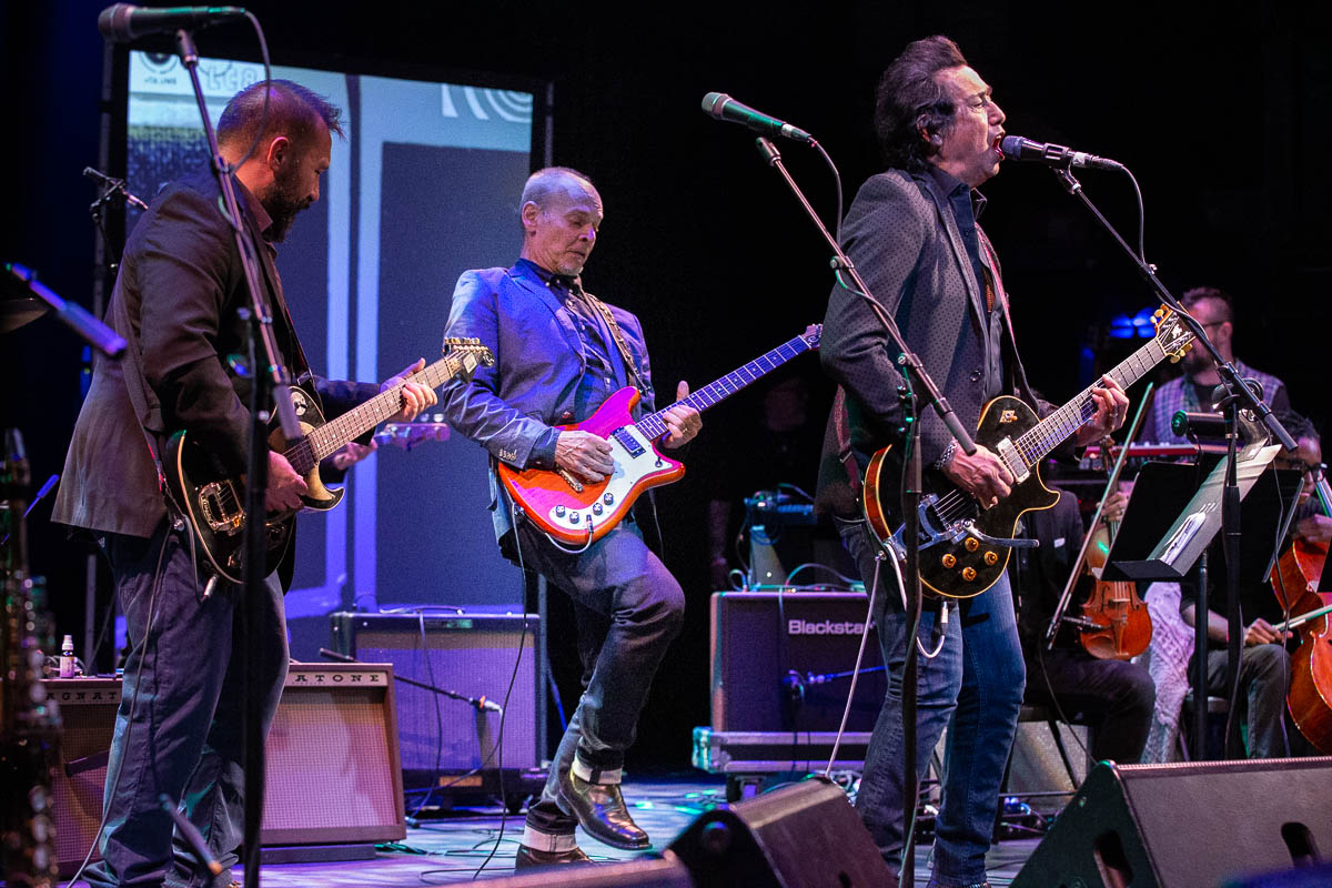 Alejandro Escovedo Blends Beauty and Punk in a Rousing Statement at the Paramount