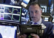 Trader Jonathan Corpina works on the floor of the New York Stock Exchange, Monday, Feb. 8, 2016. U.S. stocks moved broadly lower in early trading Monday, putting the market on track for its second sizeable loss in a row. Technology, financial and energy stocks were among the biggest decliners. (AP Photo/Richard Drew)