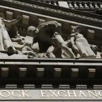 U.S. Stock Indexes Drift Lower As Oil Prices Fall