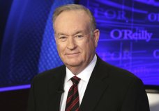 """FILE - This Oct. 1, 2015 file photo shows Bill O'Reilly of the Fox News Channel program """"The O'Reilly Factor"""" in New York. The Fox News Channel says the company knew a news analyst planned to file a sexual harassment lawsuit against O'Reilly when it renewed the popular personality's contract in February 2017. The New York Times reported Saturday, Oct. 21, 2017, the company renewed the TV host's contract after he reached a $32 million settlement with the analyst. (AP Photo/Richard Drew, File)"""