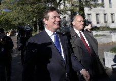 Paul Manafort leaves Federal District Court in Washington, Monday, Oct. 30, 2017. Manafort, President Donald Trump's former campaign chairman, and Manafort's business associate Rick Gates have pleaded not guilty to felony charges of conspiracy against the United States and other counts. (AP Photo/Alex Brandon)