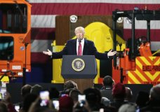 President Donald Trump speaks at H&K Equipment Company on Thursday, Jan. 18, 2018 in Coraopolis, Pa. (AP Photo/Keith Srakocic)