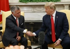 President Donald Trump meets with King Abdullah II of Jordan in the Oval Office of the White House, Monday, June 25, 2018, in Washington. (AP Photo/Evan Vucci)