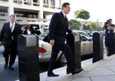Paul Manafort arrives at federal court, Friday, June 15, 2018, in Washington. (AP Photo/Jacquelyn Martin)