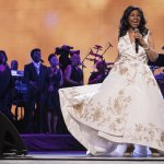 AP Source: Soul Icon Aretha Franklin Is Seriously Ill