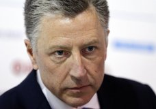 """FILE - In this Sept. 15, 2018 file photo, U.S. special representative to Ukraine Kurt Volker attends the 15th Yalta European Strategy (YES) annual meeting entitled """"The next generation of everything"""" at the Mystetsky Arsenal Art Center in Kiev, Ukraine. Volker, a former U.S. ambassador to NATO caught in the middle of a whistleblower complaint over President Donald Trump's dealings with Ukraine, has resigned from his post as special envoy to the Eastern European nation. A U.S. official says Volker told Secretary of State Mike Pompeo on Friday, Sept. 27, 2019, of his decision to leave the job. (AP Photo/Efrem Lukatsky, File)"""