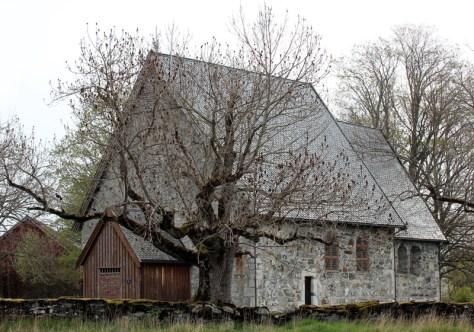 Logtun kirche