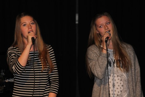Flott tostemt sang ved Johanne Stene Hojem og Anna Heggvold Hyndøy