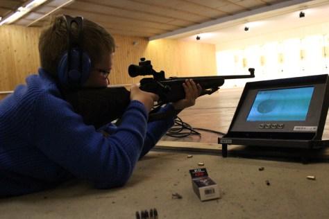 Ivrig ung skytter som sikter mot LS 2018; Jon Martin Aas