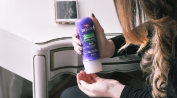 How to Care for and Protect Your Hair from Winter Dryness with Aussie Hair Care Misty Nelson frostedMOMS mom blogger