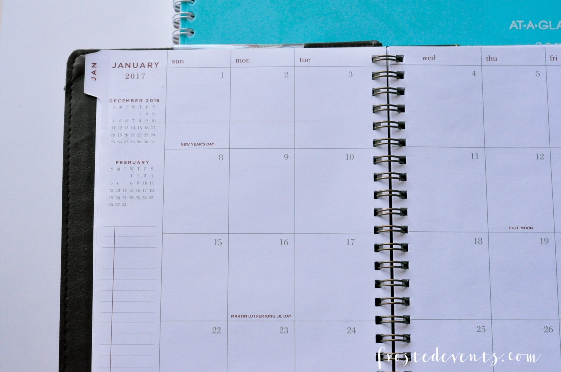 AT-A-GLANCE Planner Helps Organize and Document Our Everyday Life via Misty Nelson mom blogger @frostedevents