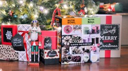 Holiday Gifts for Her Christmas Gifts for Your Mom, Sister or Yourself Nutri Ninja Nutri Bowl Duo