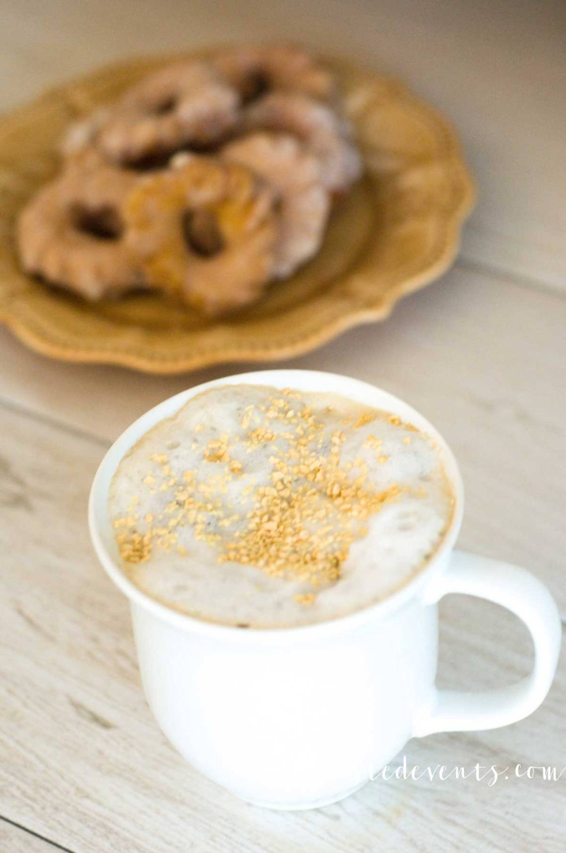 Coffee Drink Recipes for Fall - Fall flavor inspirations via Misty Nelson frostedMoms frostedevents.com @frostedevents