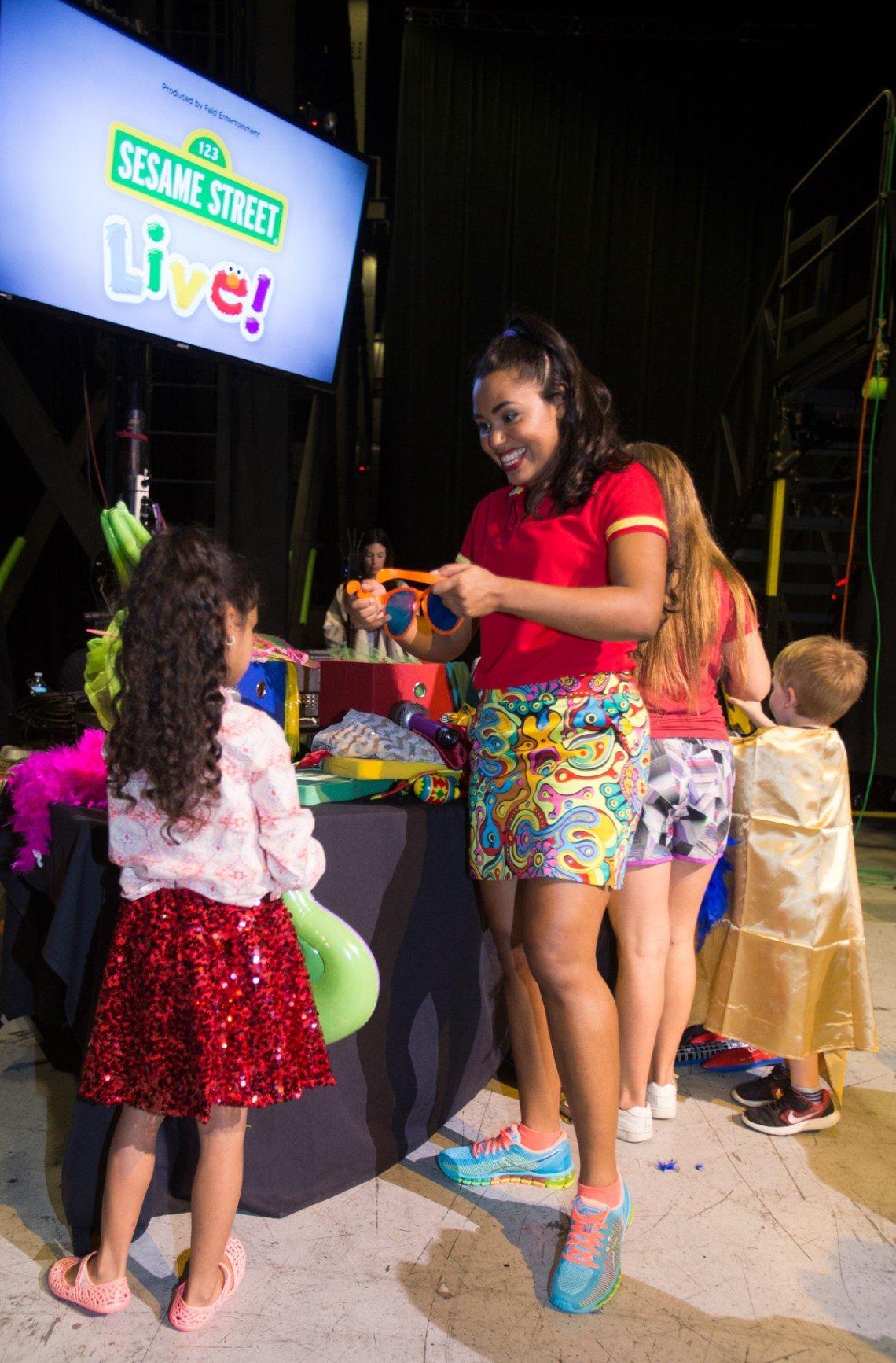 Sesame Street Live Behind the Scenes Look with Misty Nelson, Mom Blogger and Influencer @frostedevents frostedblog.com