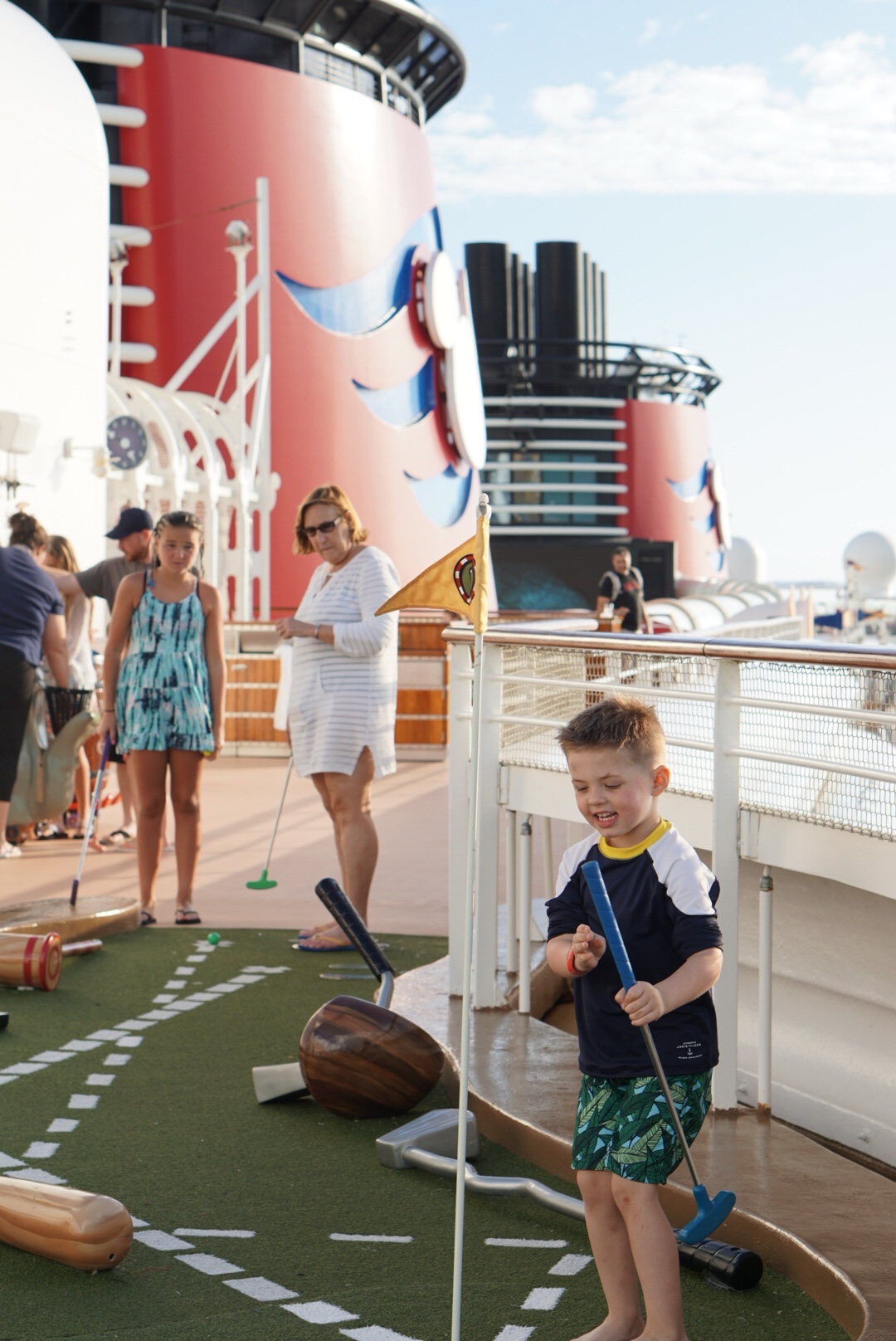 Disney Dream Cruise Ship Activities - DisneySMMC Disney Social Media Moms Celebration 2018 via Misty Nelson #disneysmmc #disneymoms