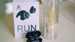 Jaybird Run True Wireless Headphones Review by Tech Blogger Misty Nelson, Best Buy Blogger Reviews of latest tech gadgets and trends @frostedevents Frosted Blog #tech #technology #techgifts #wirelessearbuds #headphones