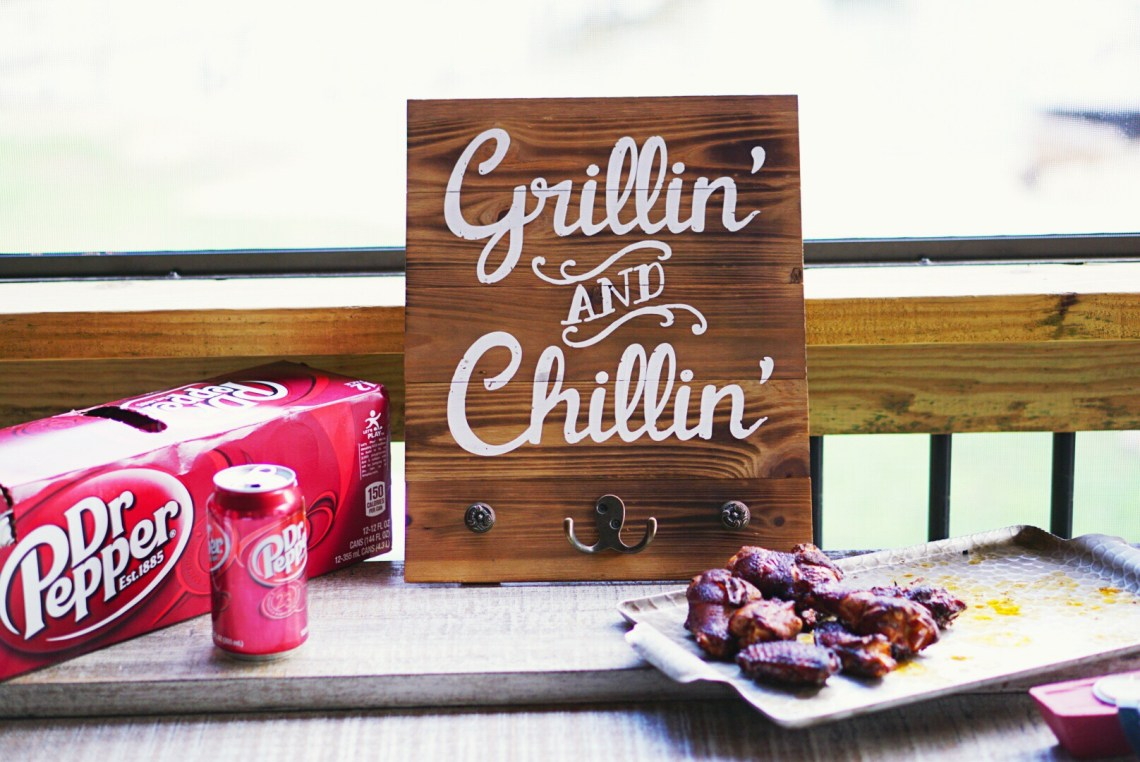 Backyard BBQ Party Ideas -Summertime bash with Dr Pepper - frostedevents.com