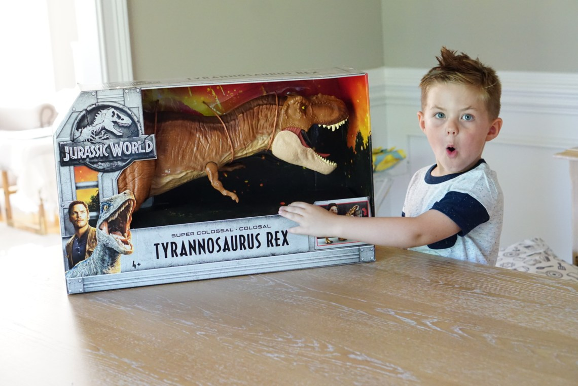 Jurassic World Toys Every Kids Is Gonna Want These