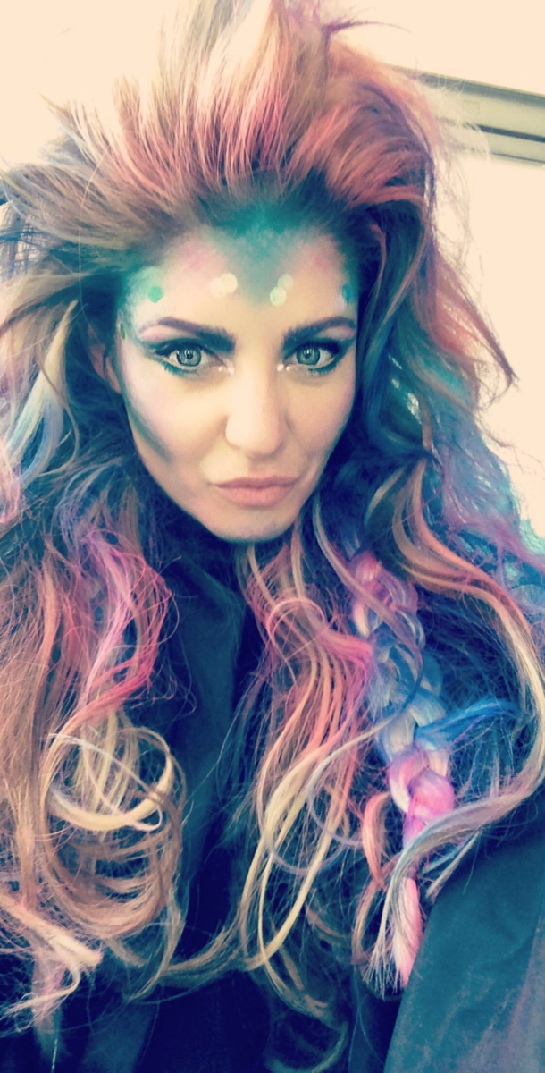 Oprah Magazine Photoshoot October 2018 Mermaid Makeup with PONDS Halloween Makeup Ideas - Misty Nelson @frostedevents blogger and influencer OMagInsider