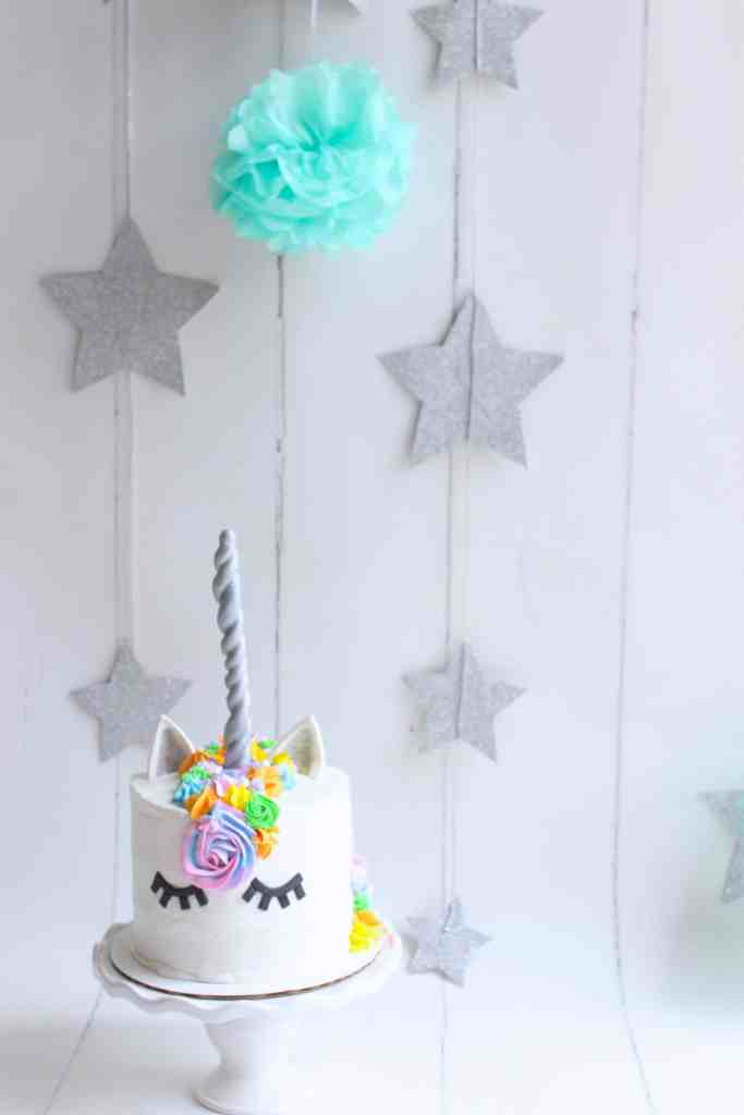 My First Blog Post + UNICORN CAKE