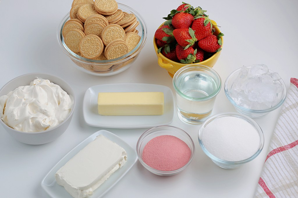 ingredients for strawberry lasagna