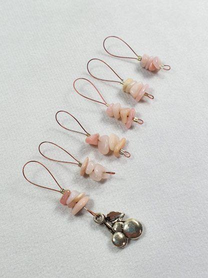 Fortschrittsmarkierer mit rosa Opal