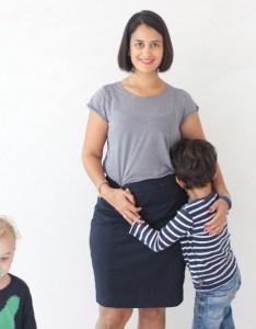 Mutter mit beiden Kindern