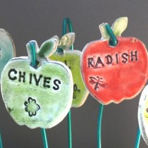 garden-plant-markers