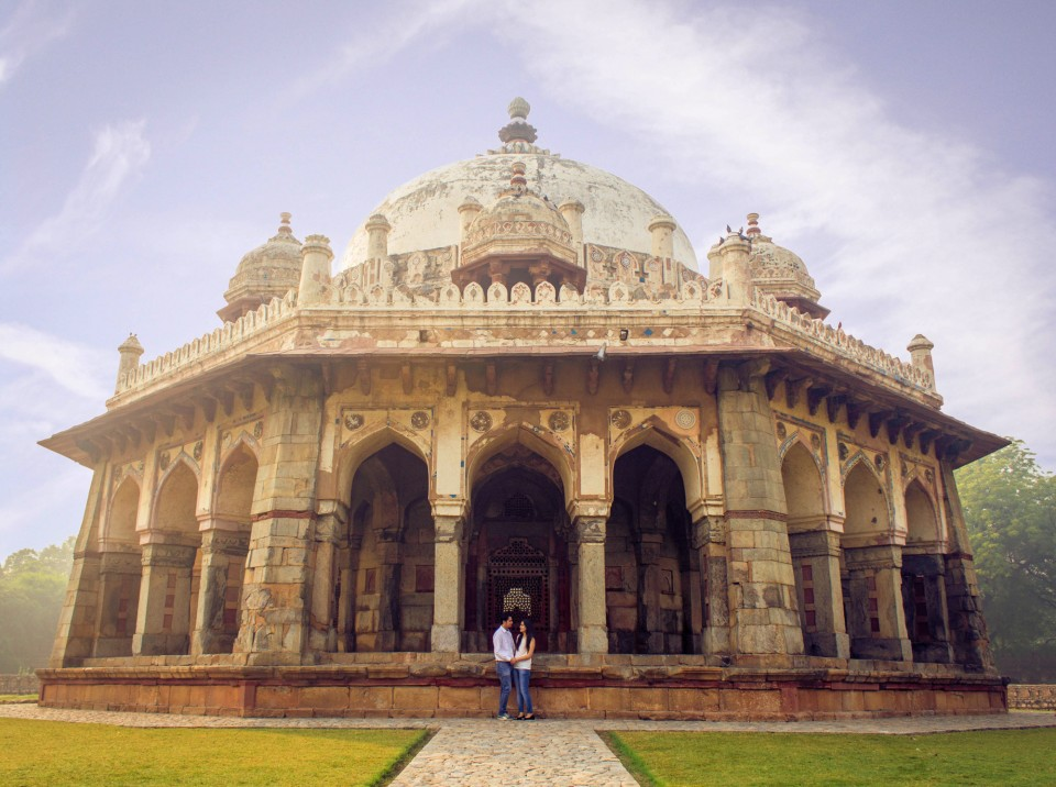 Pre-wedding photoshoot locations - Humayun's Tomb