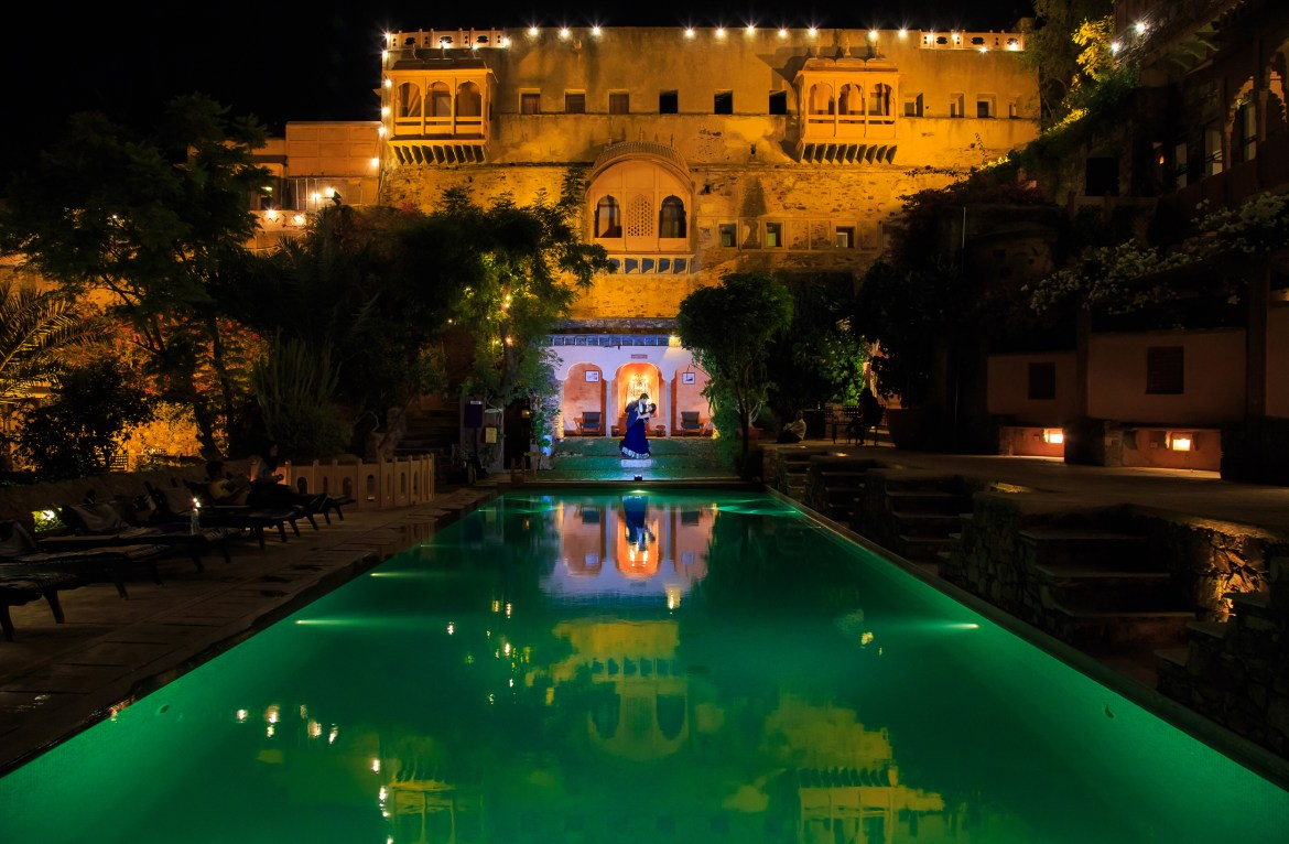 pre-wedding photoshoot locations - Neemrana Fort