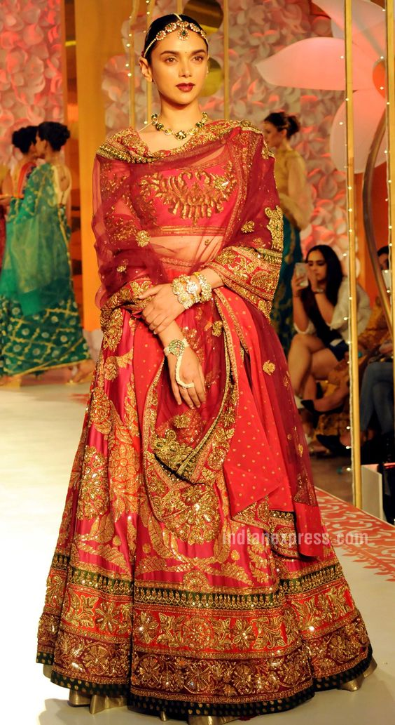 bridal lehenga shopping