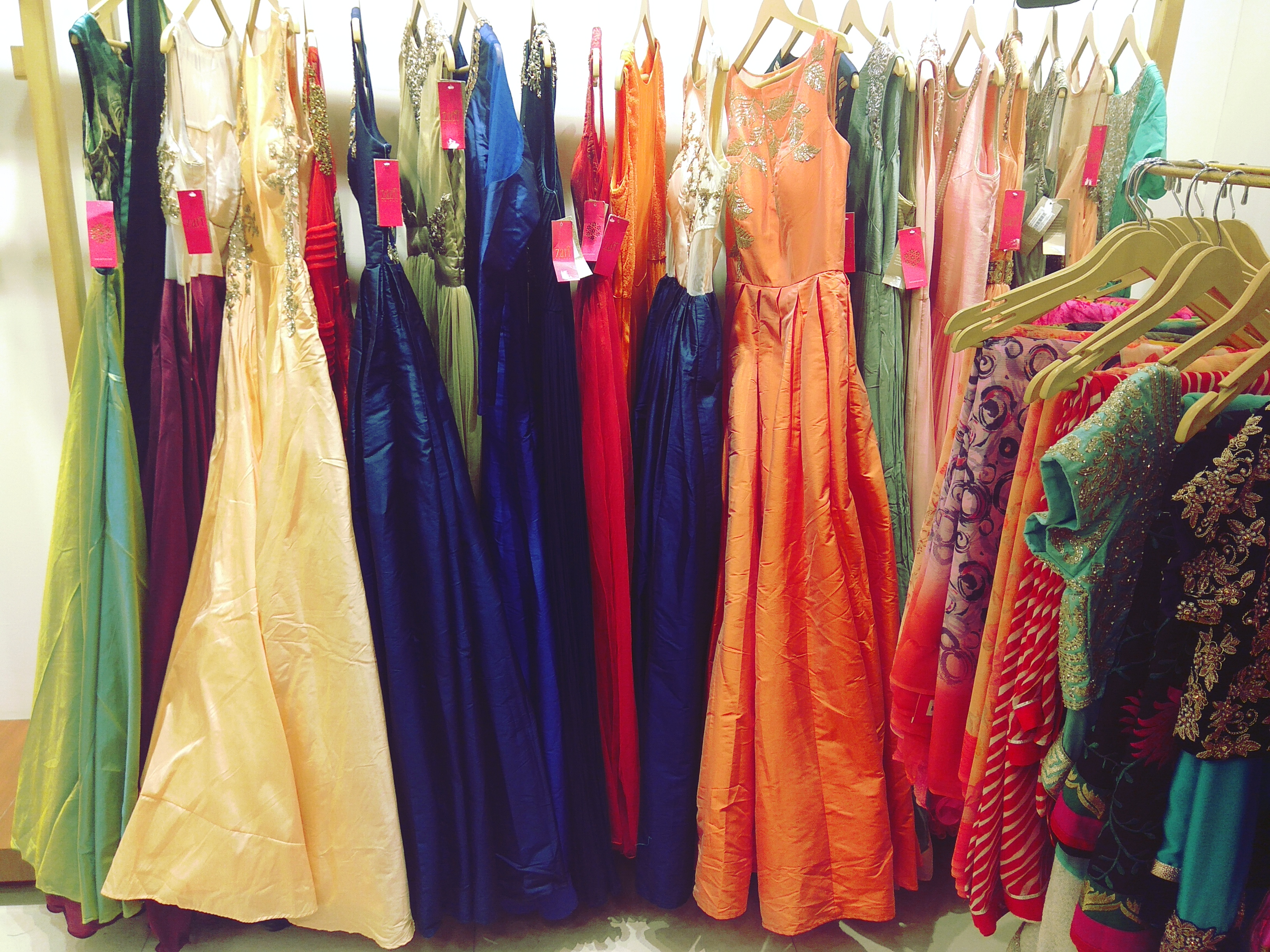 zari jaipur prewedding outfits