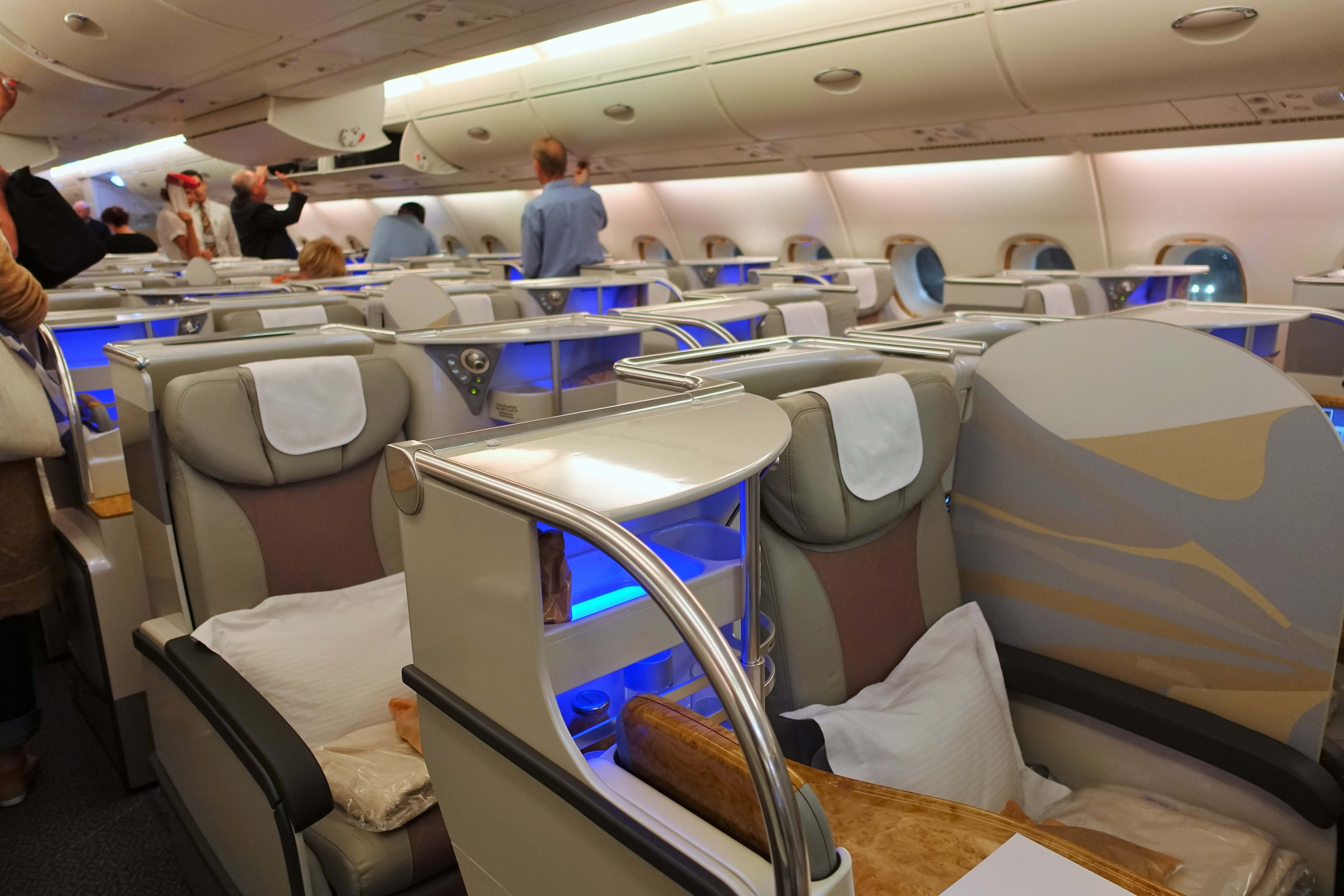 Emirates' New Boeing 777-300ER Business Class – Young ...