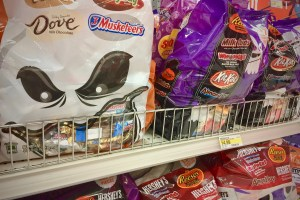 Halloween candy - Candy-Free Halloween Options