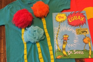 DIY truffula tree shirt - DIY Dr Seuss Shirts To Celebrate Seuss For Read Across America Day