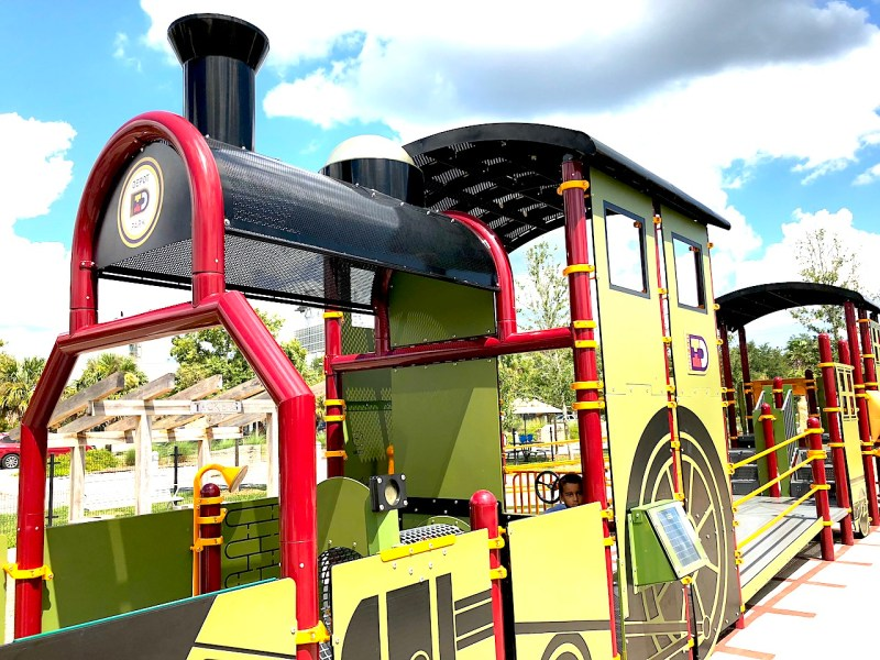 Depot Park Playground - 2-day itinerary for families in Gainesville, FL #gainesville #florida #tourofflorida #alachuacounty #gainesvilleFL #universityofflorida #UF #gogators #Gainesvillewithkids #gainesvilleitinerary