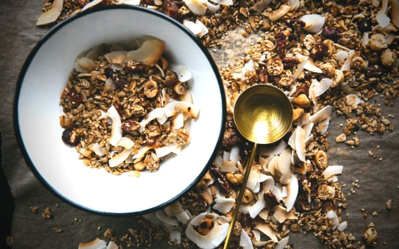 Make Your Own Pantry Staples Series: Katrina's Homemade Granola