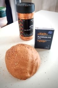Pumpkin Pie Spice Glitter Playdough | Frugal Fun Mom