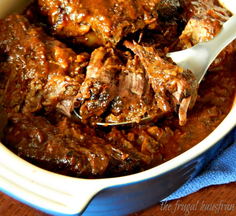 Pot Roast Carbonnade - a play on Beouf Carbonnade. A Beer Braised Pot Roast just dripping with Caramelized Onions