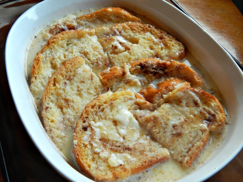 Irish Bread Pudding (Bread & Butter Pudding)