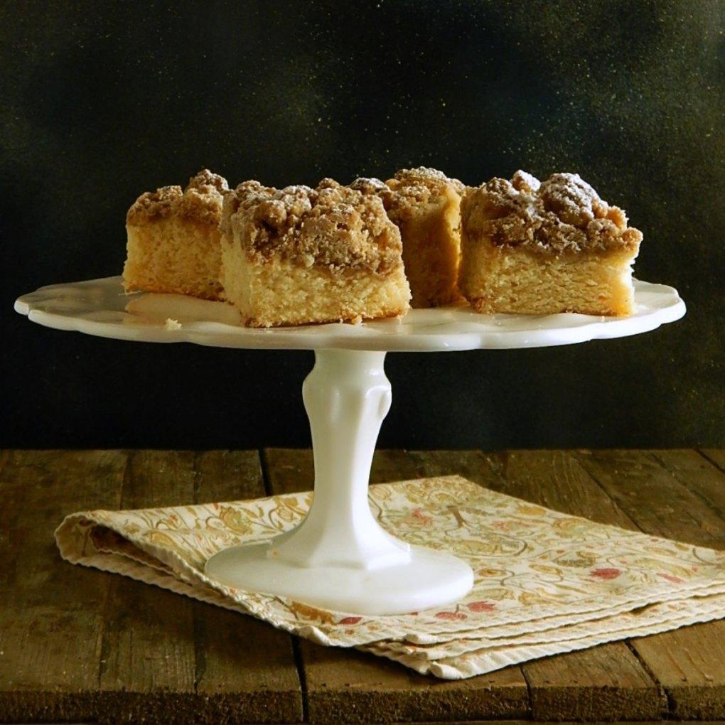 Classic Coffee Cake -Crumb Topping