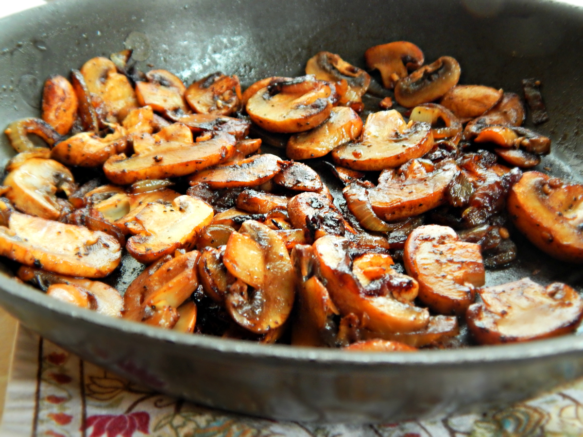 How To Cook Onions And Mushrooms For Steak
