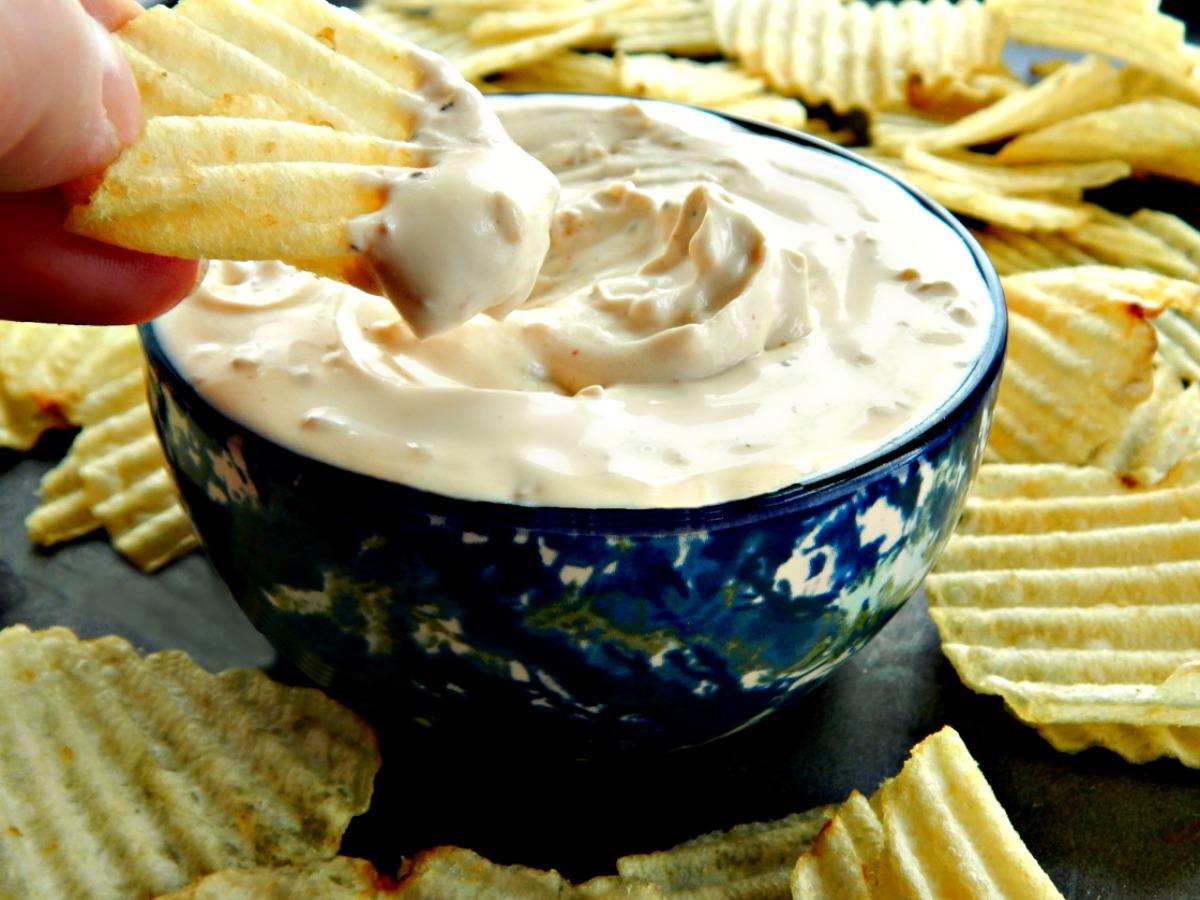 Classic Lipton's Onion Soup Dip